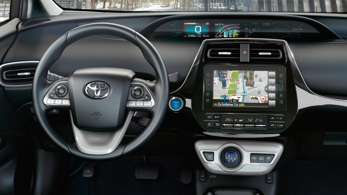 Prius Plug-in Lenkrad und Multimedia-Display