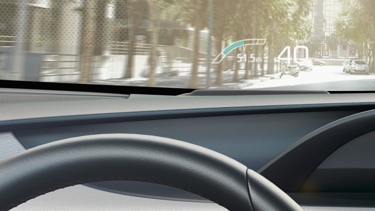 Prius Plug-in mit Head-up Display